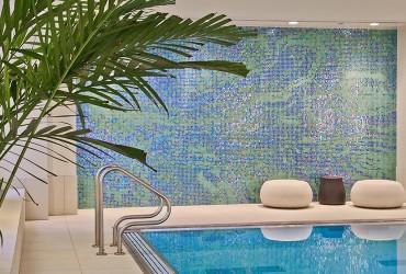 pool-design-wacker-abstract-water-glass-tile-mosaic_artaic